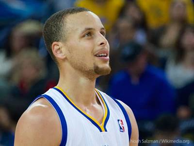 afd95ec886fe Stephen Curry is a man of faith and family. Here s why we love him.