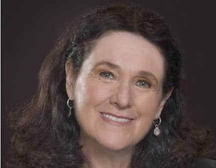 Daylle Deanna Schwartz