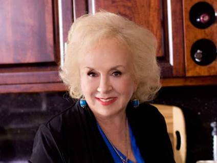 Doris Roberts in Debbie Macomber's Mrs. Miracle
