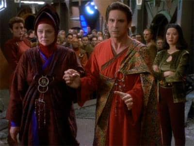 Deep Space Nine In the Hands of the Prophets