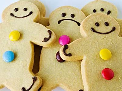 Happy and frowning ginger bread men