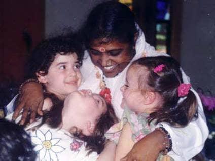 Amma, Ammachi, Hugging Saint
