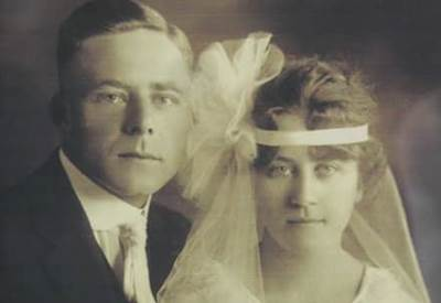Eva and Frank Becker at their 1922 wedding
