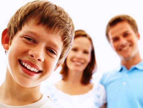 effects on children with single parents The effects on children with single parent in society today, there are a lot of single women and men that are parentssingle parenting is not only hard for the parents, but also hard on the children.