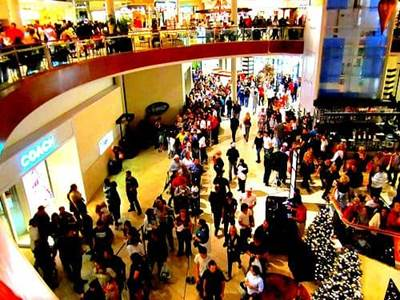 Shoppers huddled