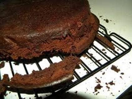 Cakes Falling Apart
