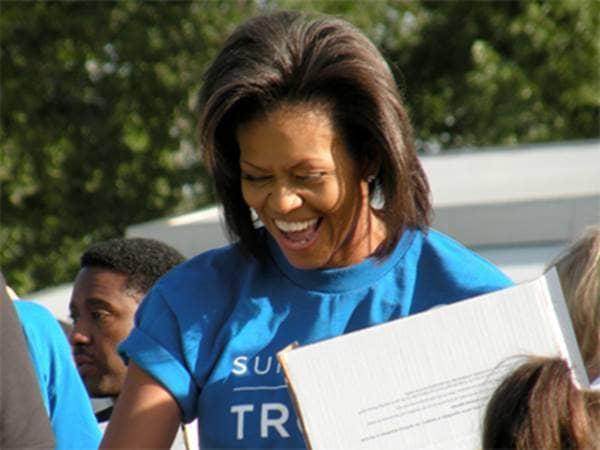 Michelle Obama volunteering for troops