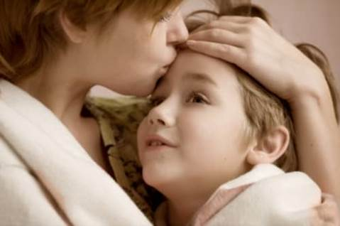 mom and sick kid