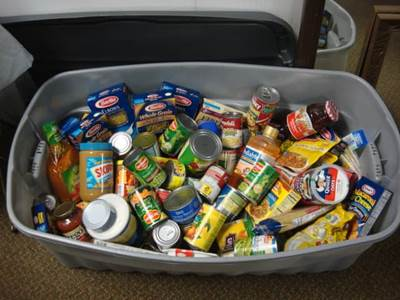 Food drive in bin