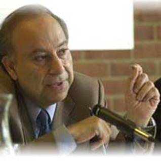 Professor Akbar Ahmed Islam Scholar