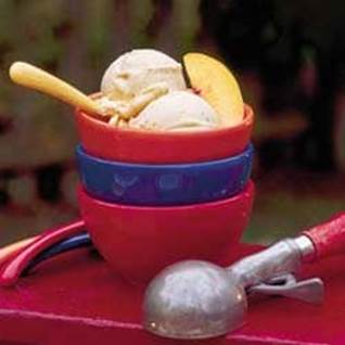 Peach-Cinnamon Ice Cream